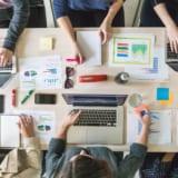 IT業界とWeb業界のイメージ写真